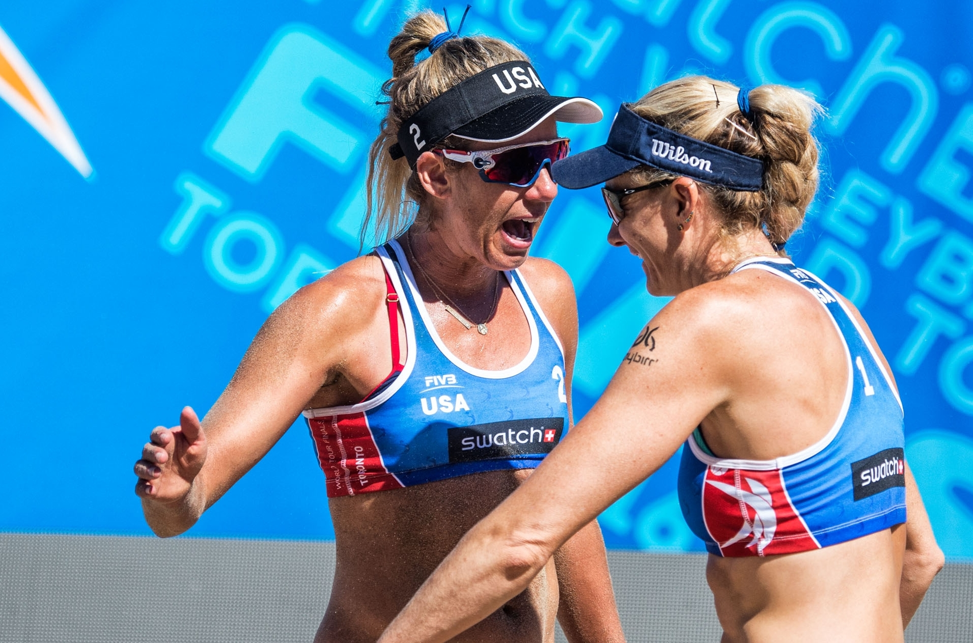 Kerri and April have wasted no time in booking their place in the quarterfinals! Photocredit: Mihai Stetcu