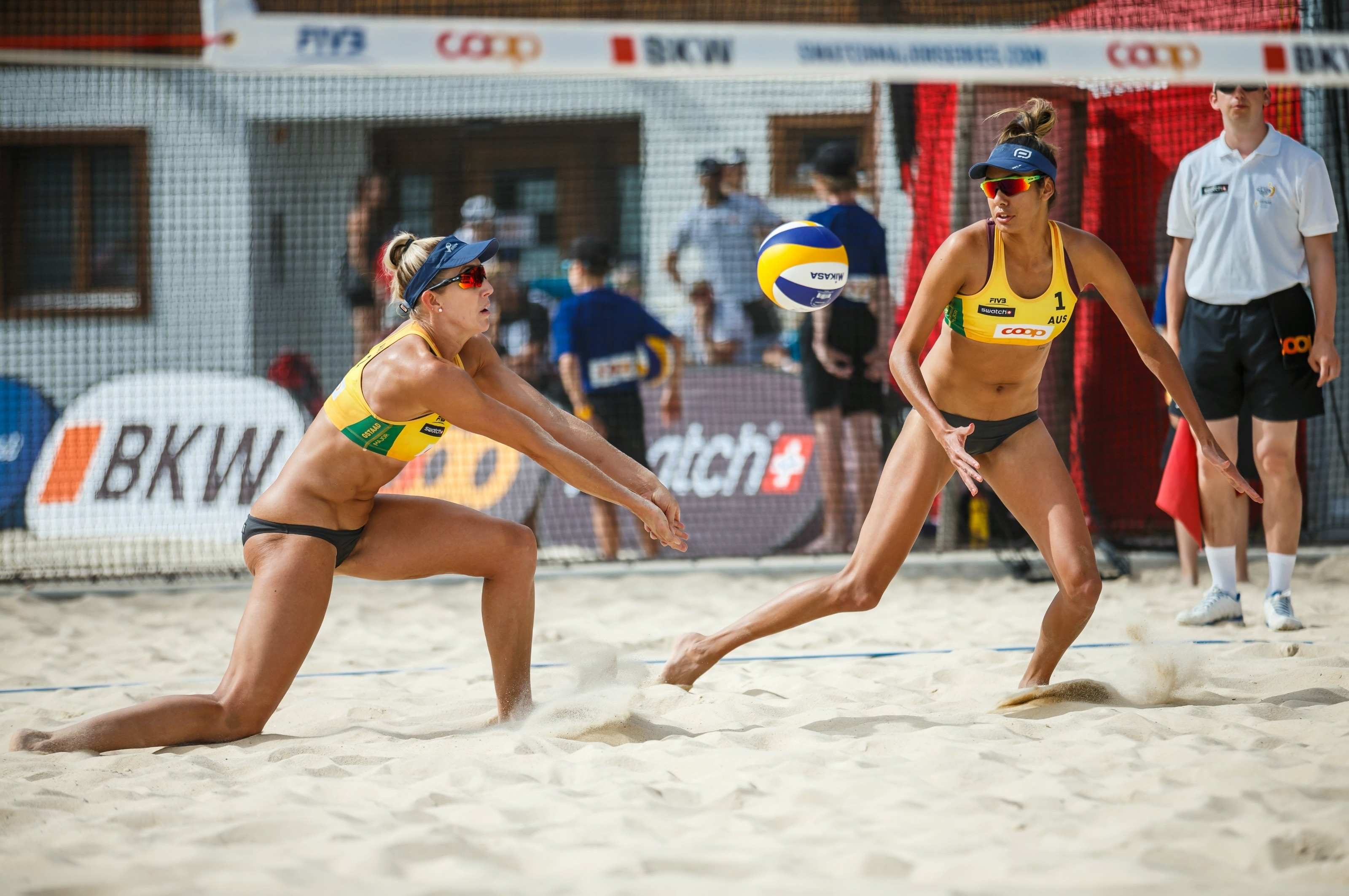 Aussie grit on Canadian sand is guaranteed when Lou and Taliqua are around. Photocredit: Martin Steinthaler